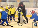 Fotogalerie - Mikuláššká nadílka hokejistů HC Kopřivnice